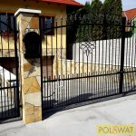 kovácsoltvas kétszárnyas kapu sűrítéssel tüzihorganyzott + festett 4m x 1,8m