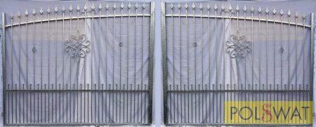 kovácsoltvas kétszárnyas kapu sűrítéssel tüzihorganyzott 4m x 1,8m