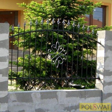 kovácsoltvas kerítés tüzihorganyzott + festett 2m x 1,2m